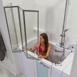 4-fold Glass walk-in tub